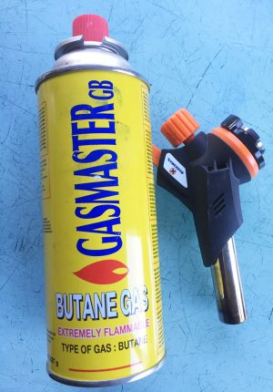 Blow torch with gas canister