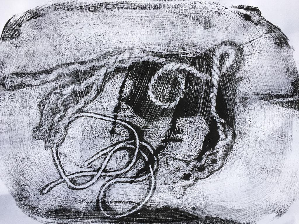 String print using the yoga mat printing technique